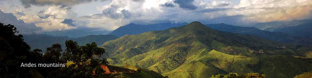 andes-mountains-view-ecuador