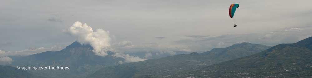 paragliding-andes-mountains-baños-ecuador